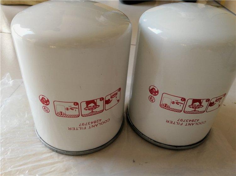 428443797空压机油滤芯使用和更换方法